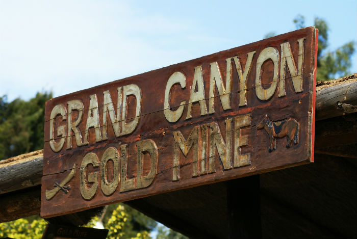Grand Canyon Gold Mine Sign