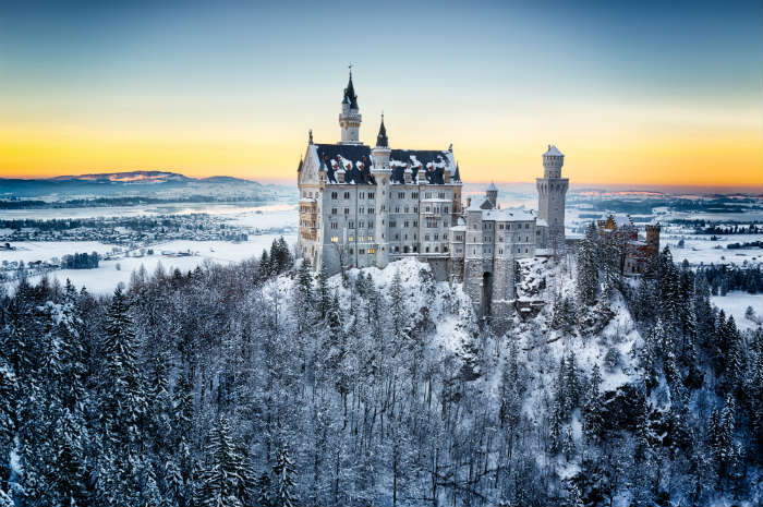 Neuschwanstein Castle in the snow, Germany