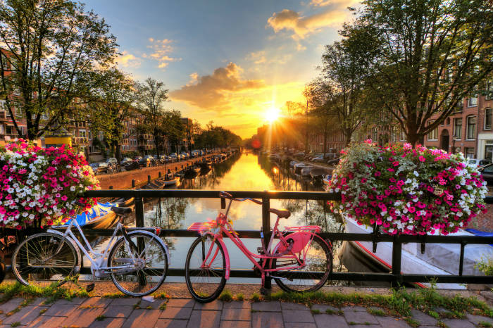 around-the-world-in-80-pictures-amsterdam-the-netherlands
