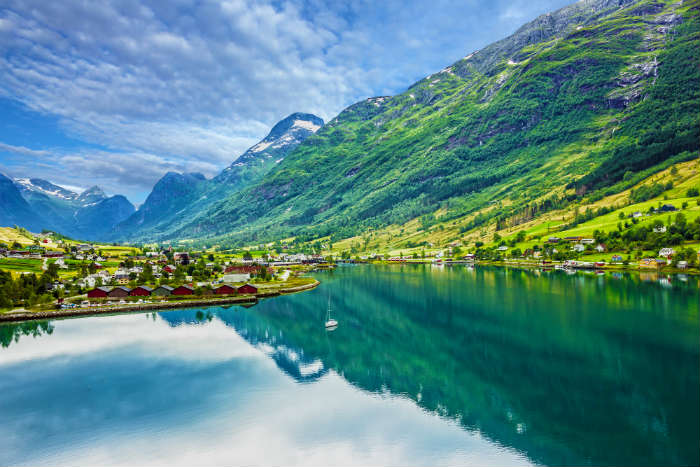 around-the-world-in-80-pictures-olden-norway