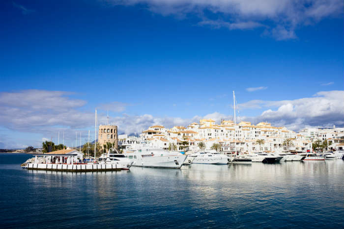 around-the-world-in-80-pictures-puerto-banus-spain
