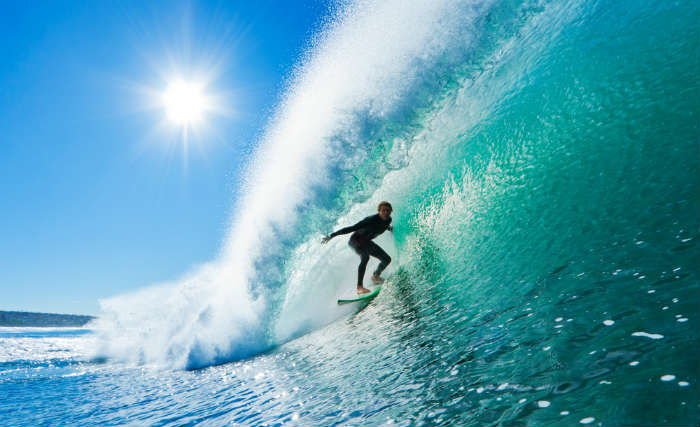 around-the-world-in-80-pictures-surfing-hawaii