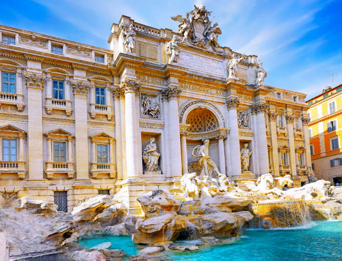 around-the-world-in-80-pictures-the-trevi-fountain-italy