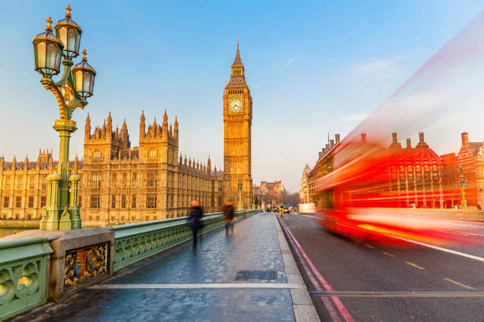 around-the-world-in-80-pictures-westminster-bridge-london