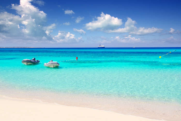 Playa Illettes in Formentera