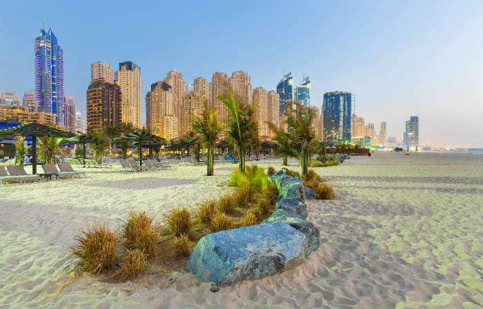 City breaks with beaches-Dubai