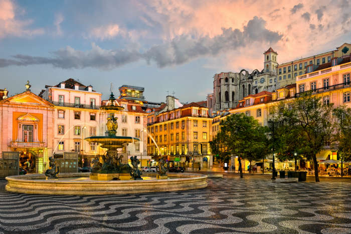 destinations to fall in love with -  Lisbon