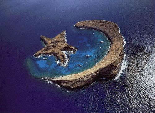 Crescent Moon and Star Island