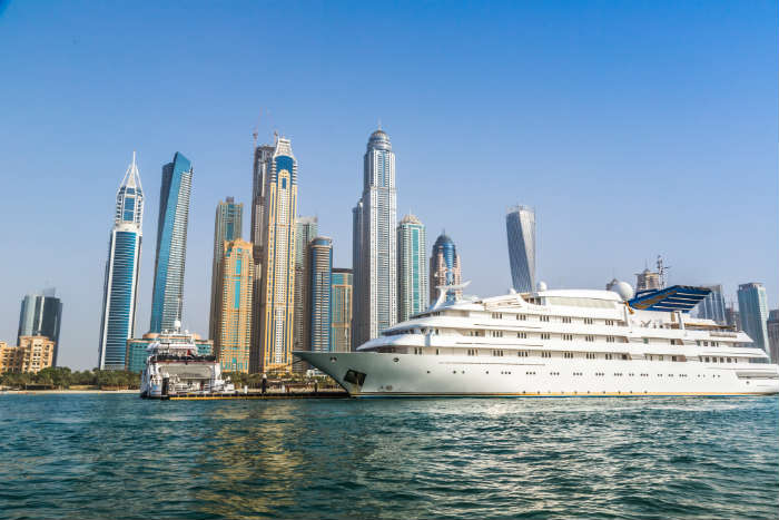 Winter cruise - United Arab Emirates
